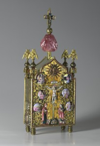 This tabernacle was created in Russia in the early 18th century using gold, silver, precious gems river pearls and enamel. (Photo courtesy of The Moscow Kremiln Museums)