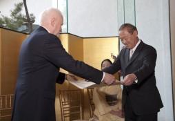 Deputy Director Dr. James T. Ulak and Ichiro Fujisaki, Ambassador Extraordinary and Plenipotentiary of Japan to the United States of America (Photo by John Tsantes)