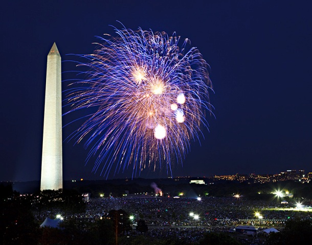 Ken Rahaim uses the Washington Monument not only as a framing element in my photos but also to show scale of enormous firework bursts on the National Mall, 1999, Ken Rahaim, Smithsonian Photographic Services.