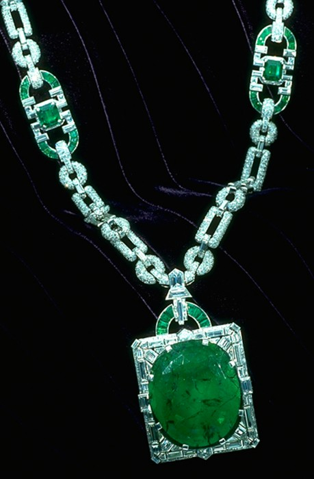 The Mackay Emerald. (Photo by Chip Clark)