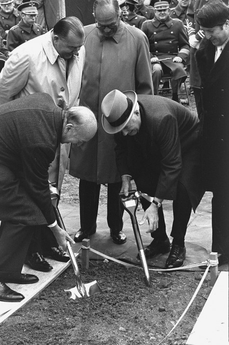 National Air and Space Museum groundbreaking with (from left, front) Secretary S. Dillon Ripley and Warren Burger, and (back ) Jennings Randolph, J. William Fullbright and Kenneth Gray, (Photo by Victor Krantz, as featured in the Torch, January 1973.)