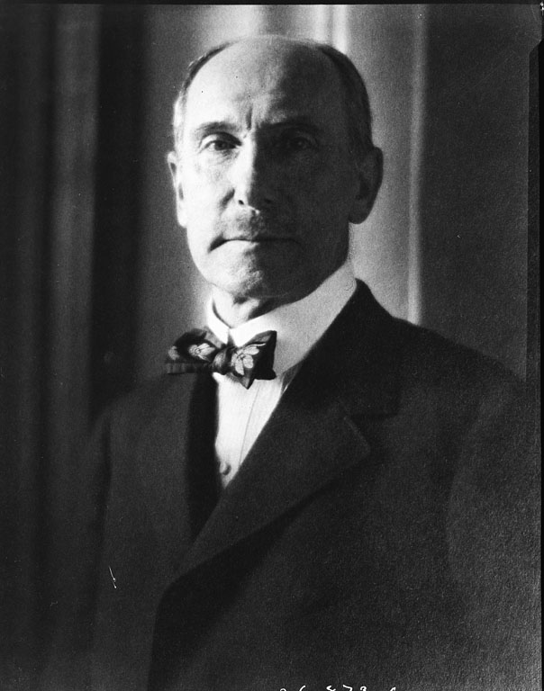 Today in Smithsonian History: January 3, 1905