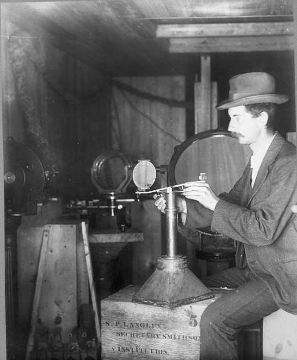 Charles Greeley Abbot with bolometric apparatus