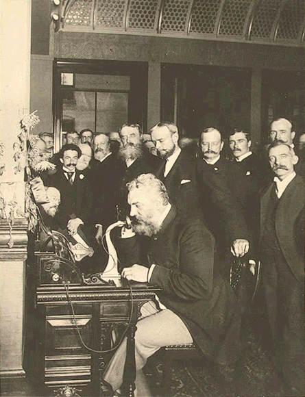 Alexander graham Bell makes call to Chicago