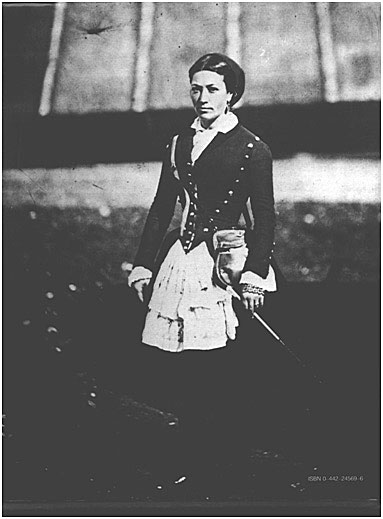 The Crimean War (1854–1856) was the first great war to be photographed, notably by Roger Fenton (1819–1869). Women figured in several of his 1855 photos, as in this posed image of a French cantinière in the uniform of a zouve regiment. US Library of Congress, Washington, DC.