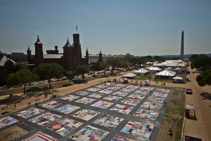 Creativity and Crisis: The Smithsonian AIDS Memorial Quilt Block