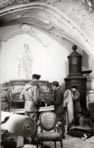 Rescuing art from Buxheim Monastery, Bavaria, 1945. James J. Rorimer papers, Archives of American Art, Smithsonian Institution. Photo by Edward E. Adams