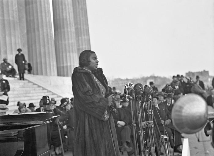 Marian Anderson at Lincoln Memorial