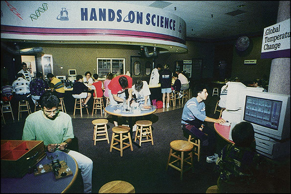 """The """"Hands-On Science"""" center in the exhibition Science in Everyday Life."""
