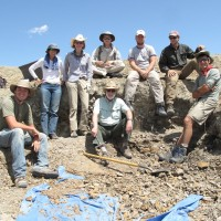 Wayne Clough with Scott Wing and colleagues at a dig near Worland, Wyoming.
