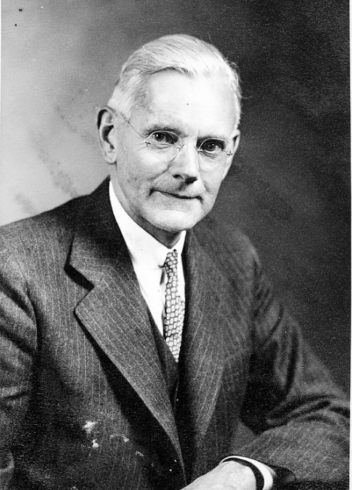Alexander Wetmore, ornithologist and sixth Secretary of the Smithsonian Institution from 1944 to 1952. This is a portrait photograph of Wetmore taken on April 10, 1944. (Photographer unknown, via Smithsonian Institution Archives)