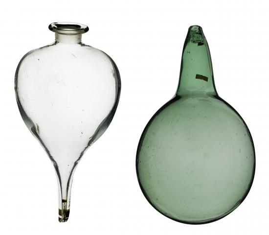 A glass leveling bulb and flask from the laboratory of Joseph Priestley