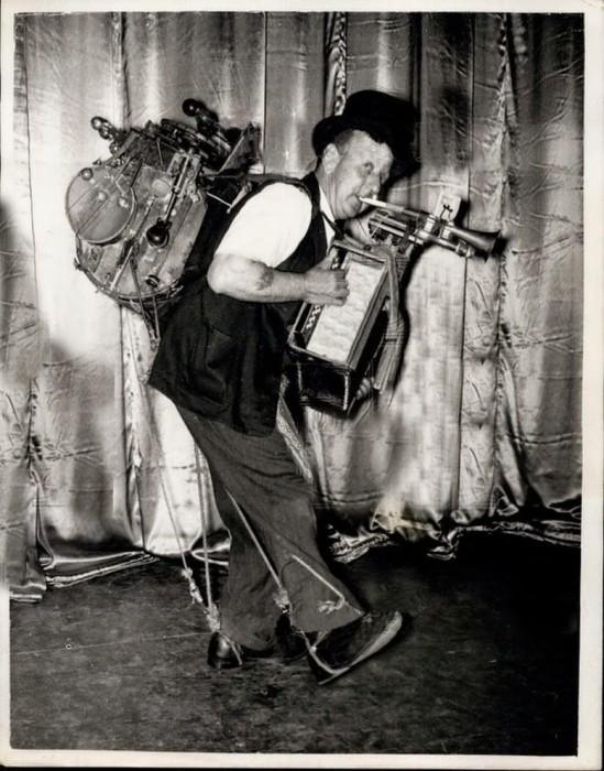 Vintage  One Man Bands (1)