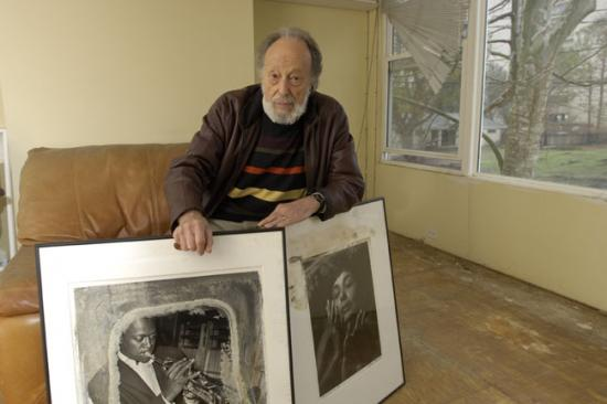 Photographer Herman Leonard and two photographs he donated to the American History Museum. (Photo by Hugh Talman)