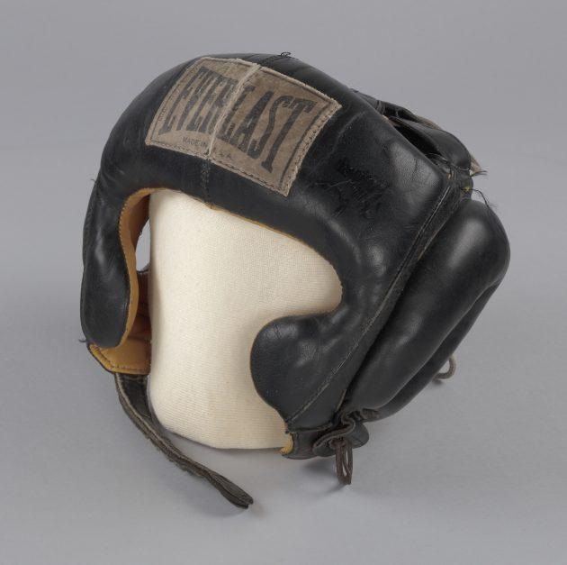 Everlast head gear