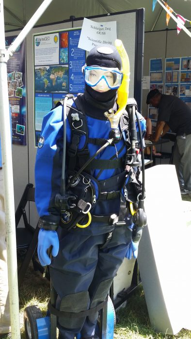Mannequin wearing diving gear and mask