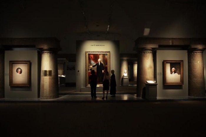 Visitors gaze at portrait of washington