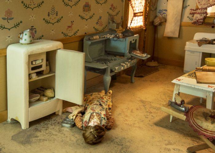 Model of kitchen murder scene