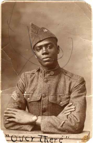 Old photo of African American soldier