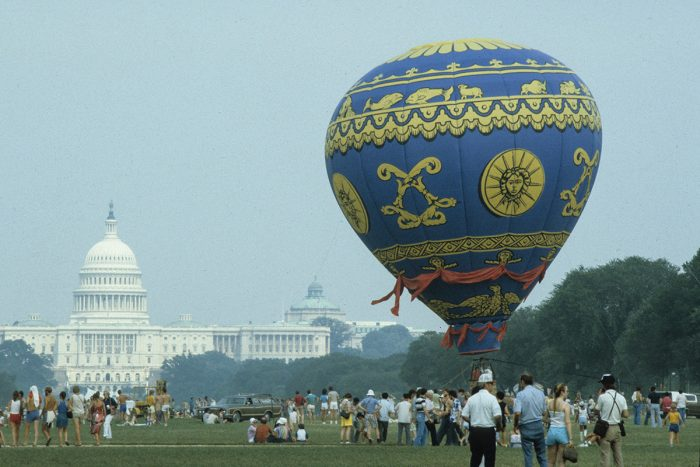 Hot air balloon on the National Mall, with Capitol in the background