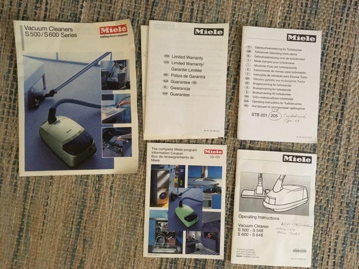 vacuum booklets