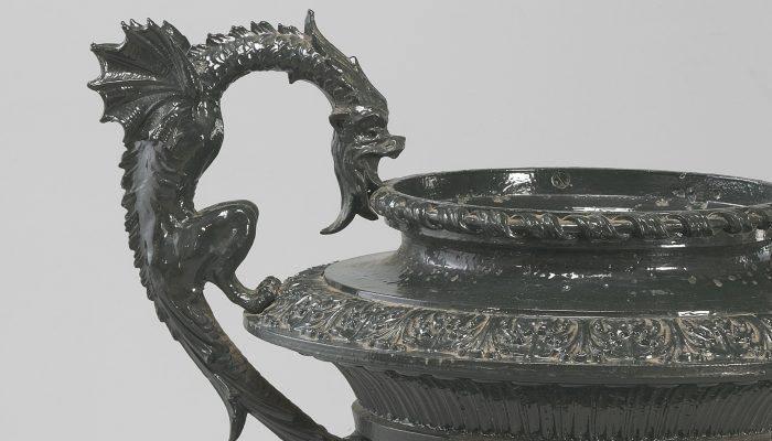 Garden urn handle