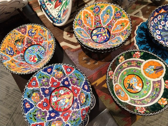 Bright bowls