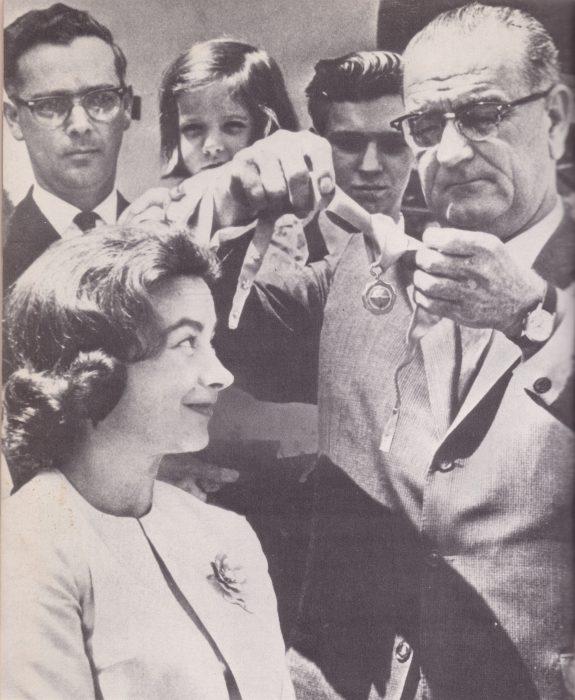 Mock receives award from President Johnson