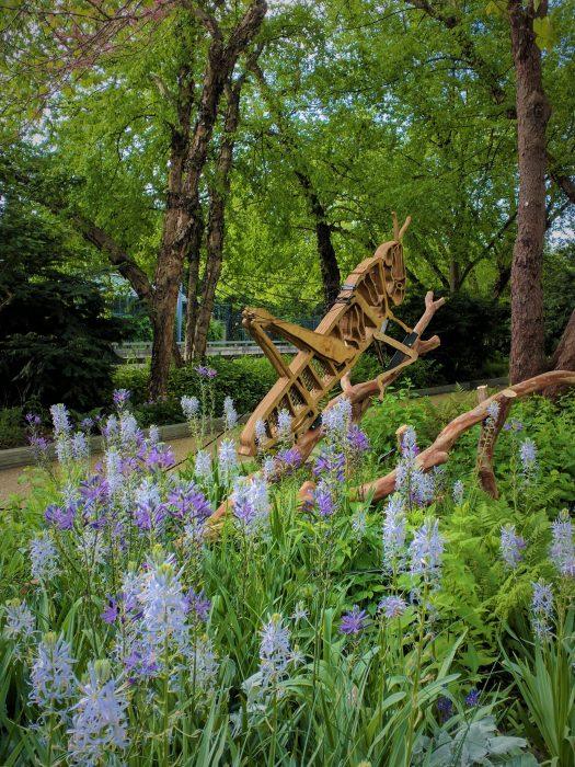 Sculpture of grasshopper