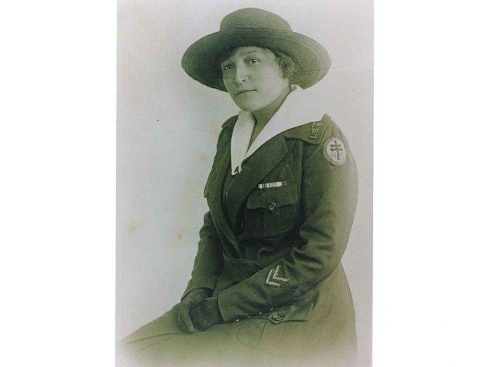 Woman in WWi nurse uniform