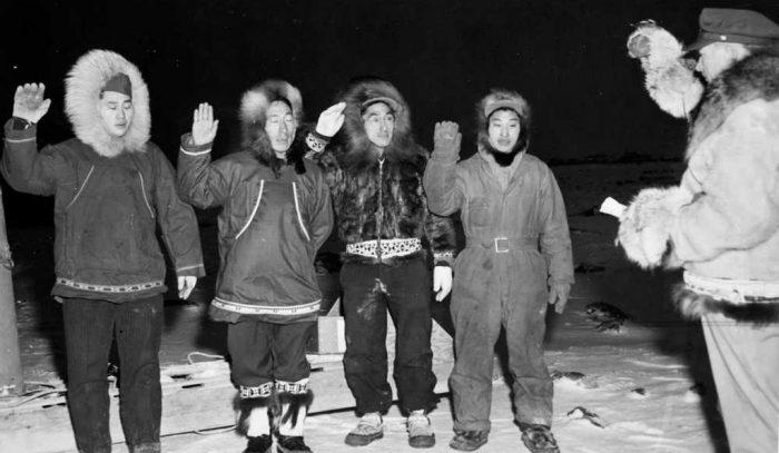 Alaska Guardsmen being sworn in